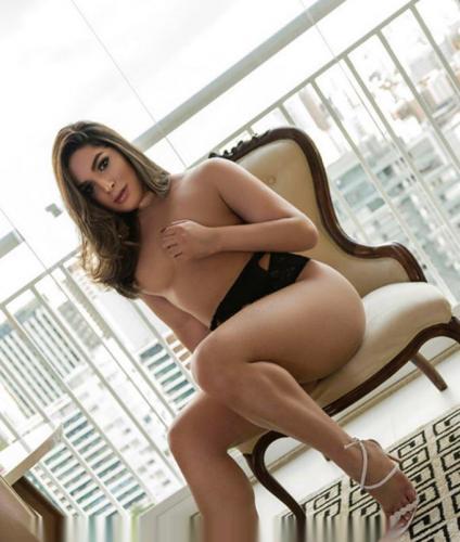 >Stephanie - Escort Paris